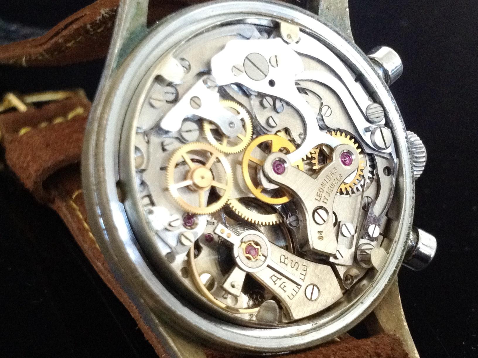 Leonidas Chronograph 150