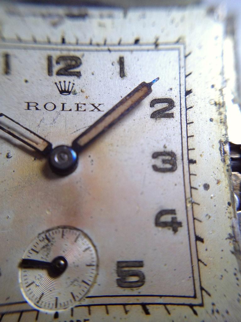 Rolex Square 022